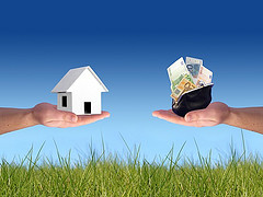 Real Estate Sector Hopes To Thrive In 2013