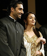 Aishwarya Rai-Abhishek Bachchan Pair has bought a holiday home in Dubai to gift Aaradhya.